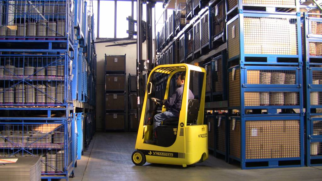 Mariotti ME Compact Forklift in action